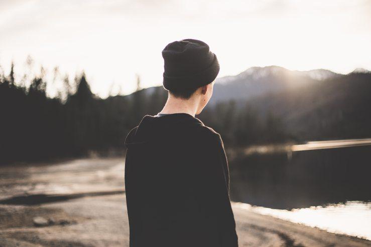 alone-beanie-boy-569169